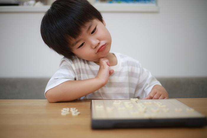 ゲームで兄に負けて大泣き大暴れ!5才息子の「悔しい気持ち」どう向き合う?の画像1