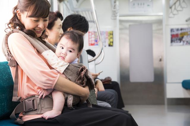 新生児の外出はどうすればいい?外出時の持ち物や注意点をご紹介の画像2