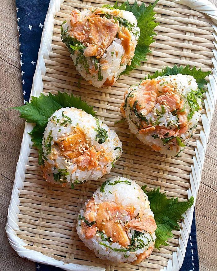 味噌焼きに、チーズに、揚げ玉に…やみつきになる!ご馳走おにぎりレシピの画像8