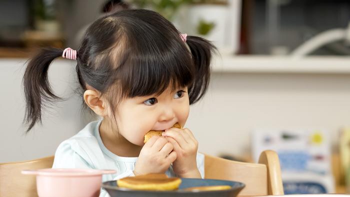 幼少期の苦い思い出から、楽しい食卓にこだわる私。母と話して知った新事実は…?の画像1