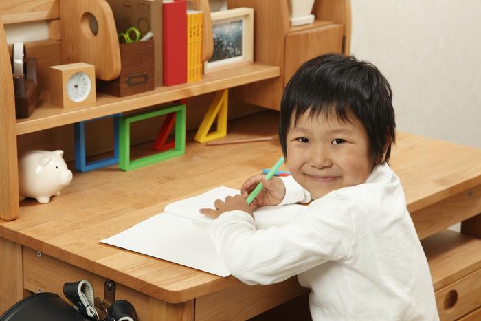 入学時に学習机を買うor買わない?買ってみて分かったメリットとデメリットは?の画像2