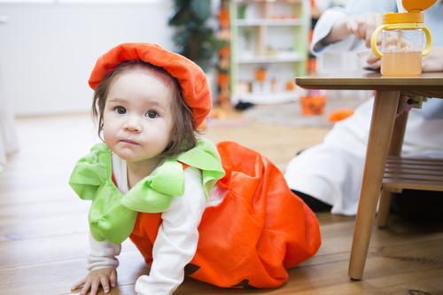 必死だった双子育児、3歳までの記憶がない。当時のハロウィン写真が今、宝物なワケのタイトル画像