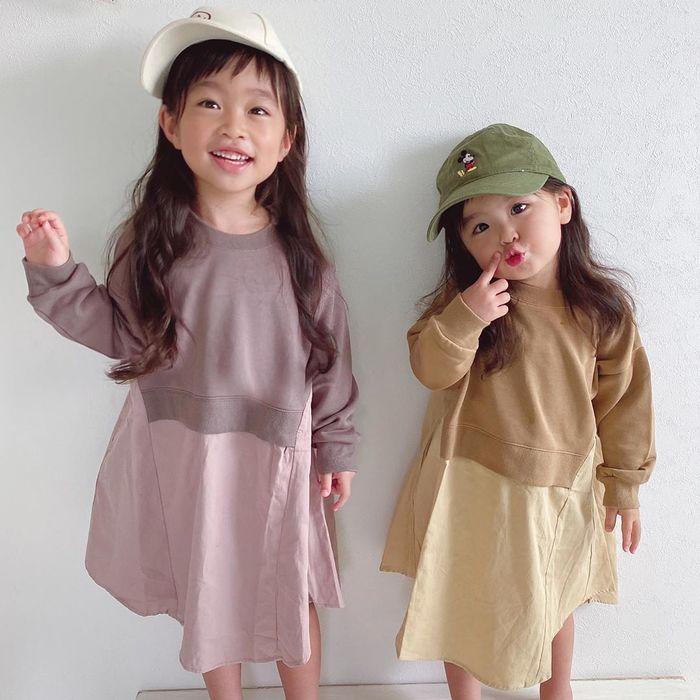 カラーや小物選びが大事!オシャレに決まる、兄弟&姉妹おそろいコーデ集♡の画像1