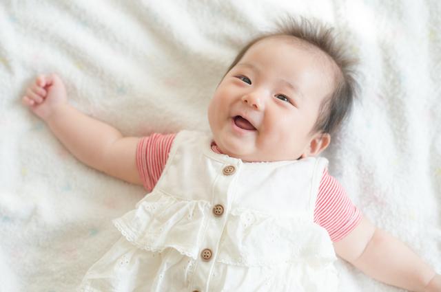 【医師監修】赤ちゃんの体重が増えない原因とは?平均体重や対処法を解説の画像1