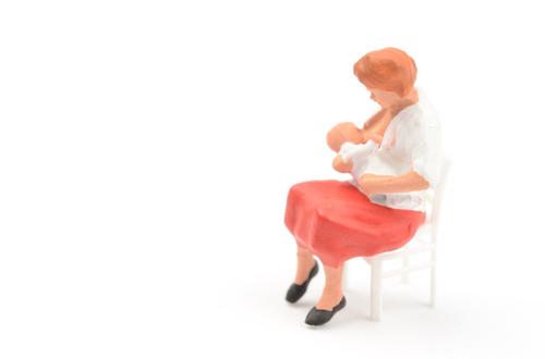 今さら産後大反省会!ナメちゃいけない「乳腺炎」と、押さえておきたい2つのことのタイトル画像