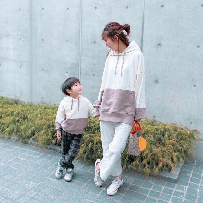 暖かくなってきたこの頃…なに着よう?リンクコーデなら淡いカラーが素敵!の画像3