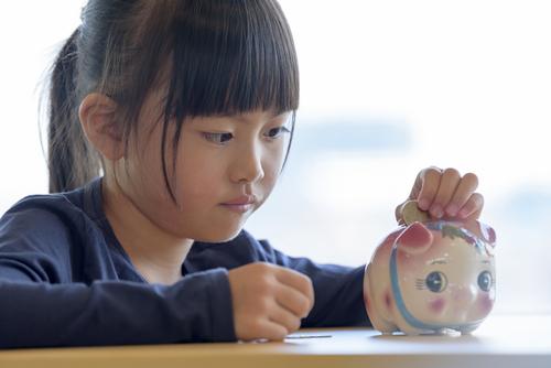 子どものおこづかい、どのように決めてる?参考にしたい欧米式お金の教育法!のタイトル画像