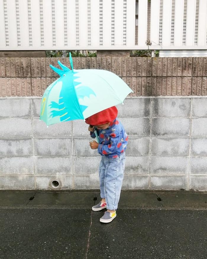 ご近所に恐竜やペンギンがあらわれる…!?雨の日限定!レインコーデ集の画像5