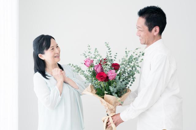 毎年お祝いってしてる?みんなの結婚記念日の過ごし方で意外な声も!の画像2