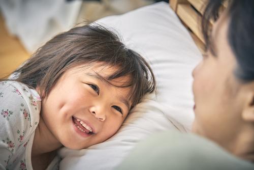 寝かしつけっていつまでやる?小3の長女を寝かしつけているお話。のタイトル画像